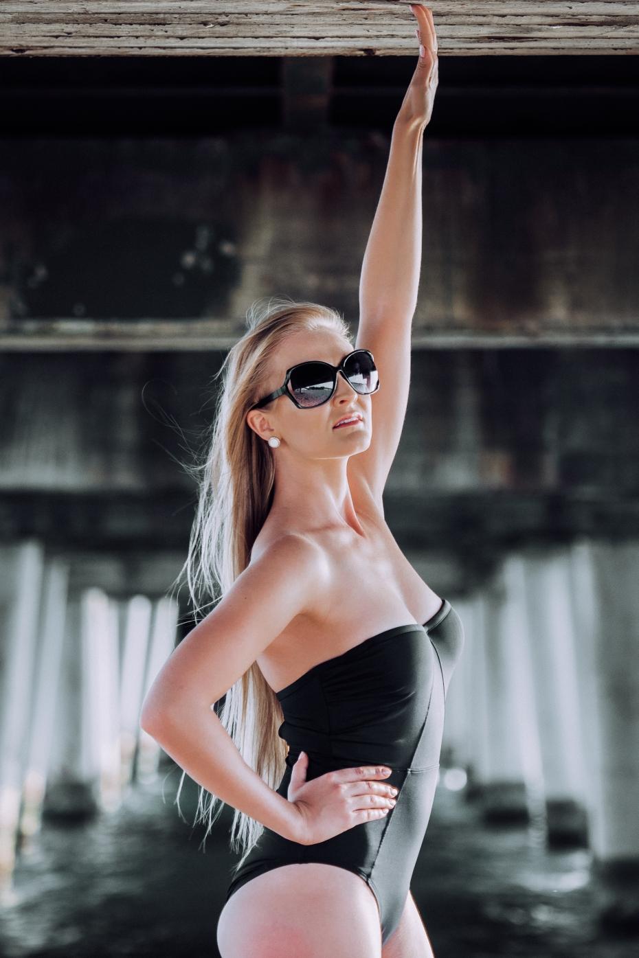 Modelka na plaży bikini dziewczyna na piasku Olympus EM5II M.Zuiko 40‑150mm 2.8 PRO